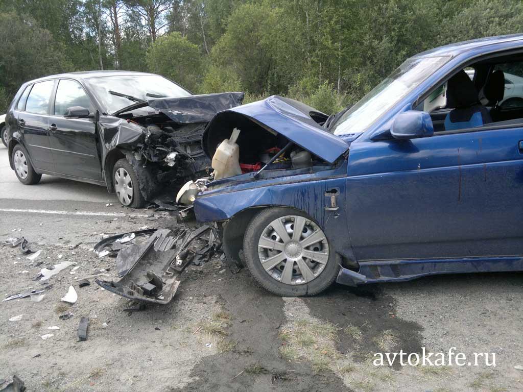 Ав�омобили Ава�ия volkswagen polo и ВАЗ
